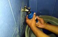Bagaimana Hukum Jika Air Untuk Wudhu Yang Keluar Dari Kran Bau