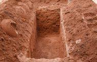 Ketika Menemukan Tulang/ Tengkorak Mayyit Lama Saat Menggali Kuburan Baru