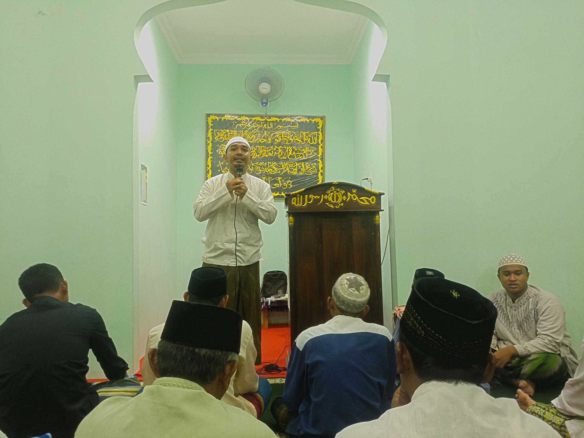 Pengajian Ramadhan bersama Ustadz Ali Assegaf di Masjid Al Furqon Pucung Kidul, Pucung, Eromoko,, Wonogiri, Malam ke-8 Ramadhan 1440 H 12 Mei 2019.