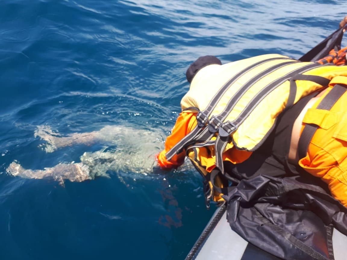 Meninggal dunia di laut. (Gambar: rencongpost.com)
