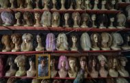 39. Hukum Memakai Atau Menjual Rambut Palsu ( Wig )