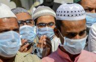 Hukum Memakai Masker Saat Sholat